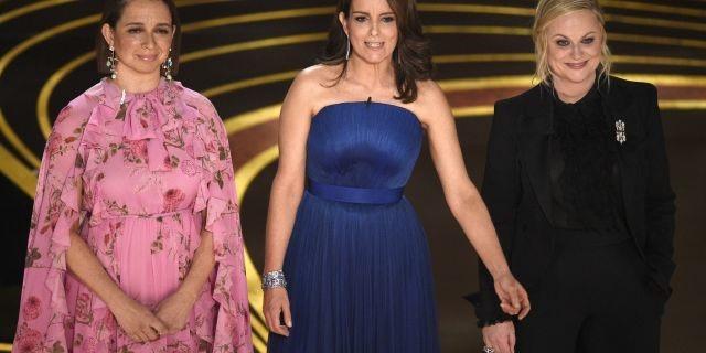 """Thiếu MC dẫn lễ trao giải thì đã sao, """"vắng mợ chợ vẫn đông"""" tại Oscar 2019! - Ảnh 13."""