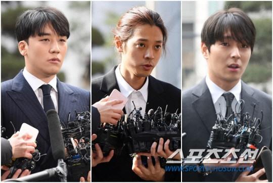 NÓNG: Phát hiện loạt bằng chứng mới, cảnh sát chính thức buộc tội Seungri vì chụp, tung ảnh sex trong chatroom - Ảnh 2.