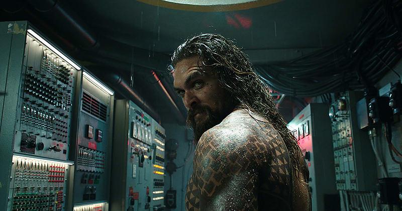 Phân đoạn Aquaman xuất hiện lần đầu