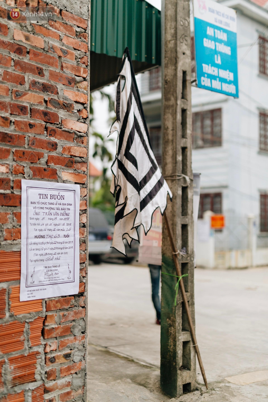 Tang thương bao trùm làng quê nơi 8 người tử vong dưới bánh xe tải, nhiều nhà chỉ cách nhau vài chục mét - Ảnh 3.