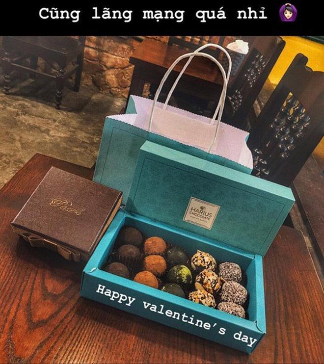 Valentine năm nay chính là đại lễ công khai tình cảm, đến những người kín tiếng nhất cũng nhập cuộc - Ảnh 21.