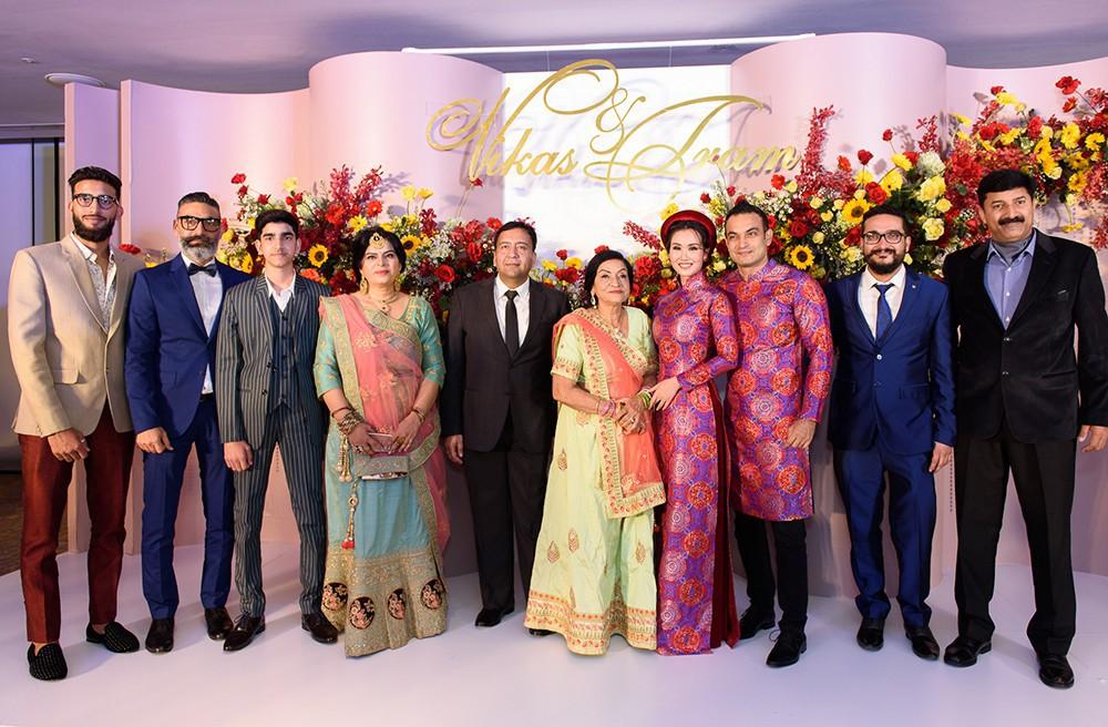 Bạn tốt như Hòa Minzy: Đi đám cưới Võ Hạ Trâm và chúc Chị cũng đừng quá VUI VẺ và HẠNH PHÚC khi EM QUÁ XINH ĐẸP - Ảnh 3.