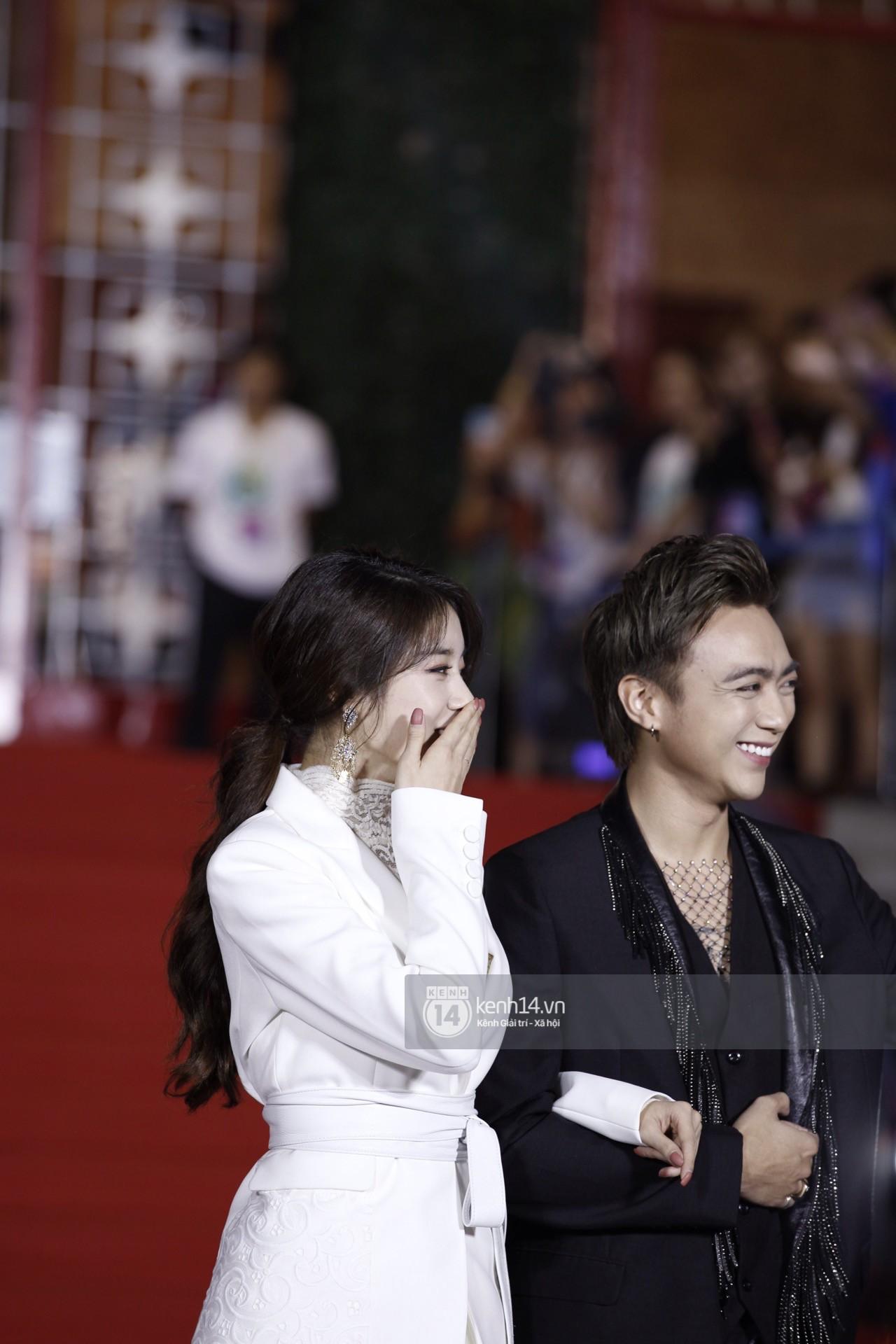 Soobin Hoàng Sơn sánh đôi cùng Jiyeon (T-ara), nhưng chiếc cằm của anh mới là điều đáng chú ý! - Ảnh 3.