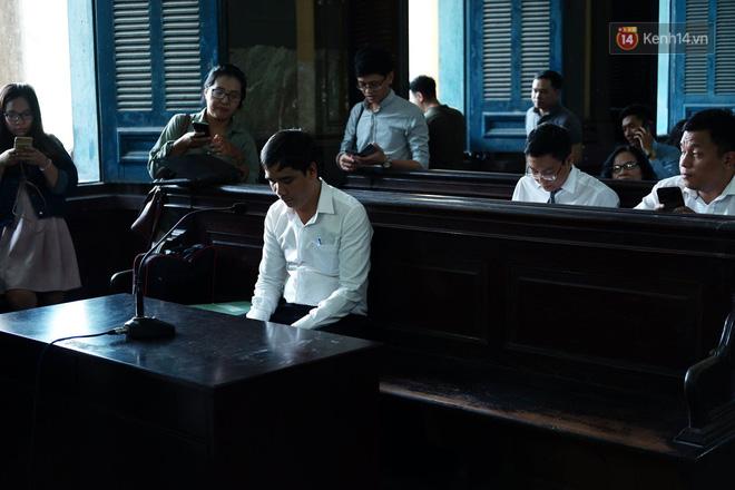 Tòa phán quyết giao hết cổ phần Trung Nguyên cho ông Vũ, tài sản ông Vũ 60% - bà Thảo 40% - Ảnh 11.