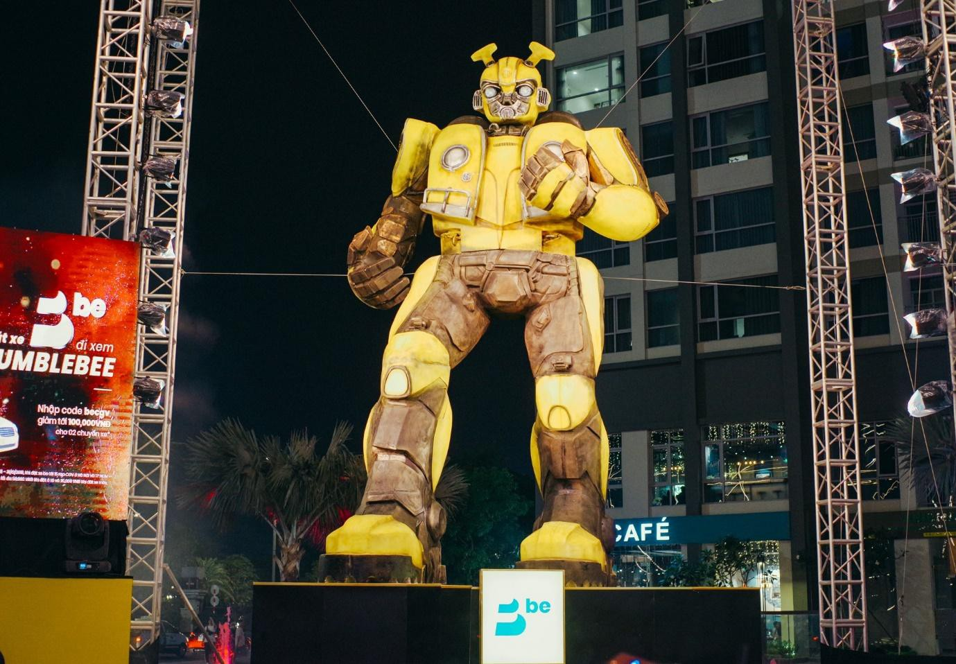 Điều gì biến Bumblebee từ robot trong phim trở thành idol trong lòng giới trẻ? - Ảnh 3.