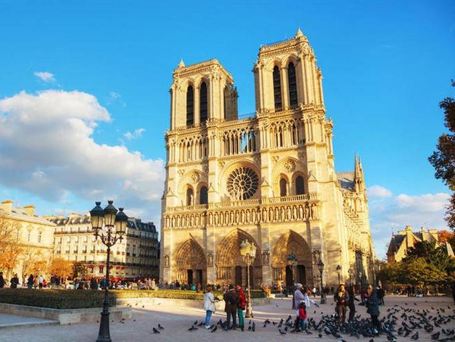 Notre Dame hay câu chuyện về quan điểm cá nhân và quyền phán xét - Ảnh 5.