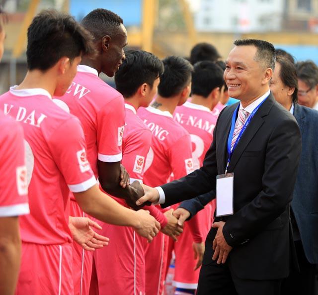 Ông Nguyễn Giang Đông chia tay bóng đá để dành thời gian cho gia đình Ảnh: ĐỨC CƯỜNG/Bongdaplus.