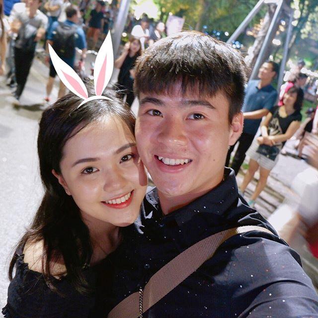 Tranh thủ ngày nghỉ, Duy Mạnh dẫn Quỳnh Anh đi dạo phố