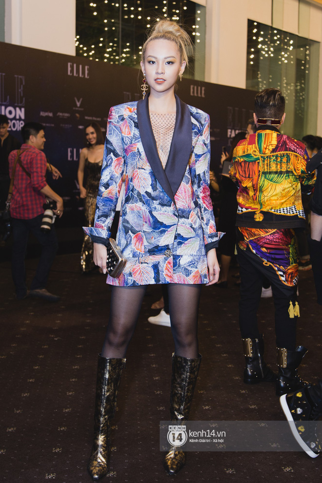 Hiếm hoi lắm mới thấy Mỹ Tâm lên đồ gắt thế này, Jolie Nguyễn phô trương với váy xẻ cao hết cả phần thiên hạ - Ảnh 13.