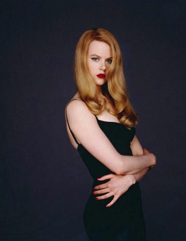Dù tạo hình sắc sảo và quyến rũ tột đỉnh là thế nhưng diễn xuất của Nicole trong phim lại không khác mấy con người của cô ở ngoài đời, đó là rất dịu dàng và ngọt ngào, ngọt ngào như giọng nói của cô vậy.