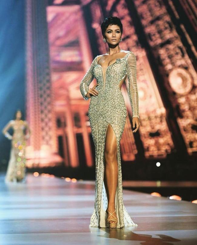 Ngoài vẻ đẹp độc lạ, đây là những yếu tố then chốt giúp HHen Niê làm nên lịch sử với Top 5 Miss Universe 2018 - Ảnh 11.