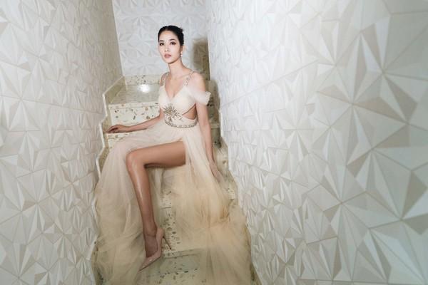 """Có thể nói Hoàng Thùy là một đại diện sáng giá của Việt Nam tại """"đấu trường"""" nhan sắc Miss Universe 2019."""
