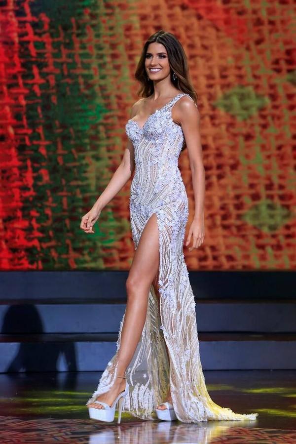 Hoàng Thùy bất ngờ đối đầu với Hoa hậu Colombia tại Miss Universe: Nắm chắc Best Catwalk!