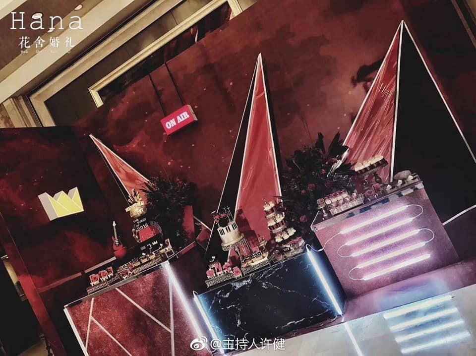 Khi vợ chồng đều là fan BIG BANG: Đám cưới tái hiện lại đêm concert, cô dâu cầm bó hoa lightstick