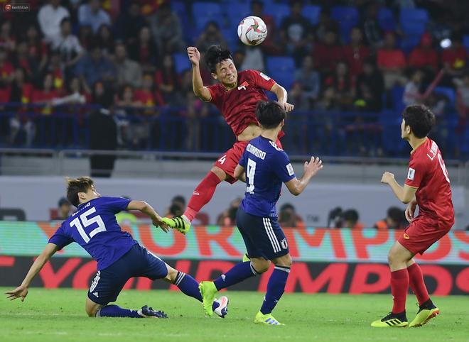 Đội tuyển Việt Nam: Ngẩng cao đầu vì các bạn thật sự xứng đáng - Ảnh 1.