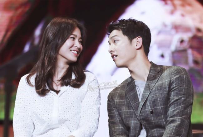 Song Joong Ki - Song Hye Kyo dính tin đồn ly hôn, dân mạng hoang mang tột độ và liên tục réo gọi 2 cái tên - Ảnh 1.