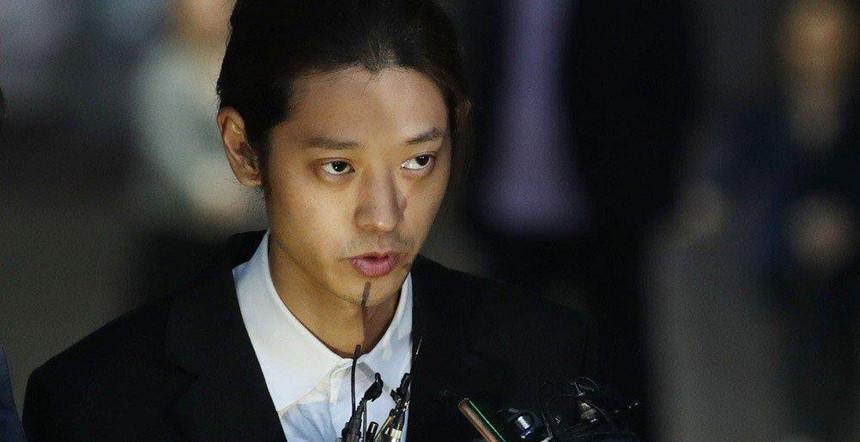 Bê bối sex của Seungri lột trần