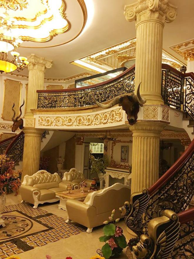 Hội mỹ nhân Vbiz đình đám nhan sắc ngày càng thăng hạng, sở hữu khối tài sản khổng lồ nhưng vẫn đơn chăn gối chiếc - Ảnh 2.