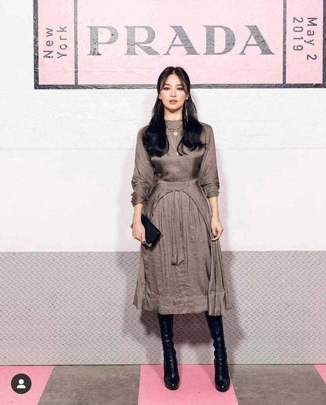 Song Hye Kyo khoe nhan sac o tuoi U40 giua vu ly hon on ao hinh anh 2