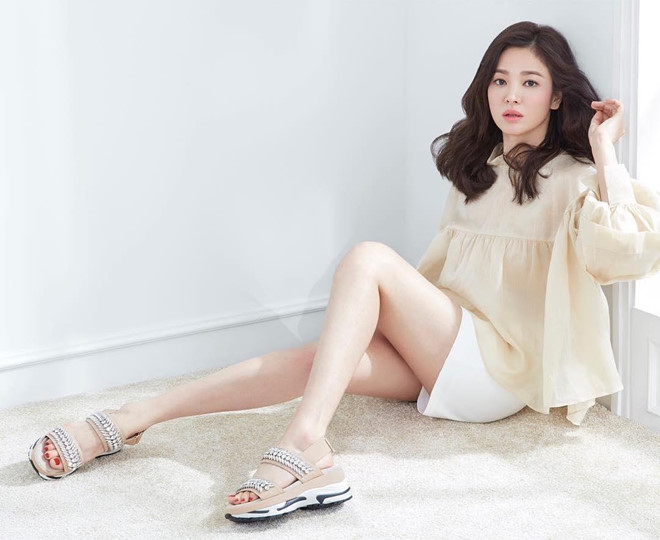 Song Hye Kyo len tieng sau khi Song Joong Ki de don ly hon hinh anh 1