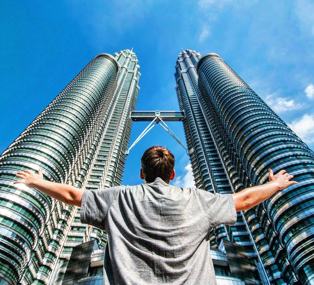 Có cả triệu người chụp ảnh dưới toà tháp Petronas Twin Tower nhưng không phải ai cũng biết bí quyết để có tấm ảnh lung linh nhất - Ảnh 7.
