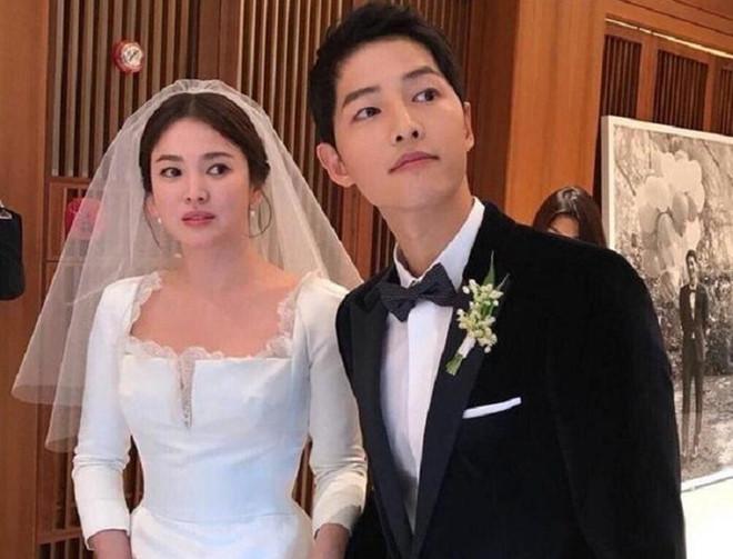 Song Joong Ki de don ly hon Song Hye Kyo hinh anh 2