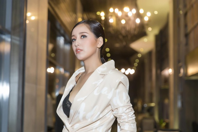 Mai Phuong Thuy thich mac vay ao ho vong mot hinh anh 9