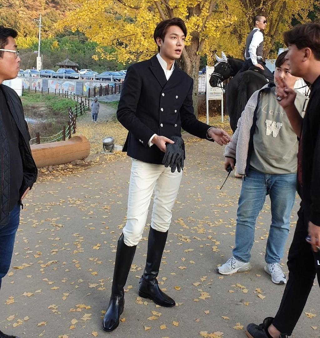 Ve ngoai khong qua chinh sua cua Lee Min Ho hinh anh 10
