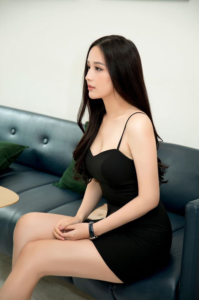 Mai Phuong Thuy thich mac vay ao ho vong mot hinh anh 8