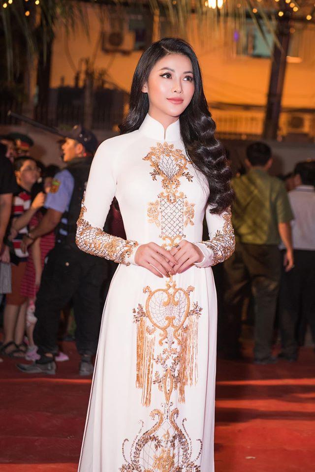Phuong Khanh lam duoc gi sau mot nam dang quang Hoa hau Trai Dat? Hinh anh 12