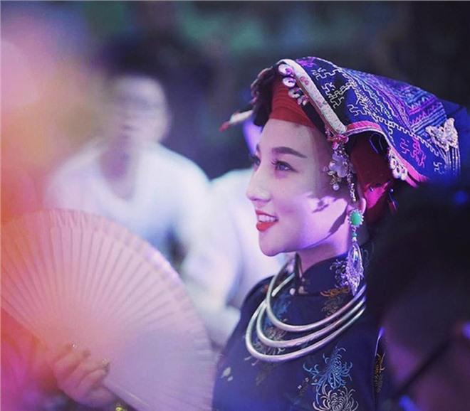 "cuoc song nhu mo ben chong con cua hot girl hau dong noi tieng ha thanh tung ""gay sot"" mxh - 1"
