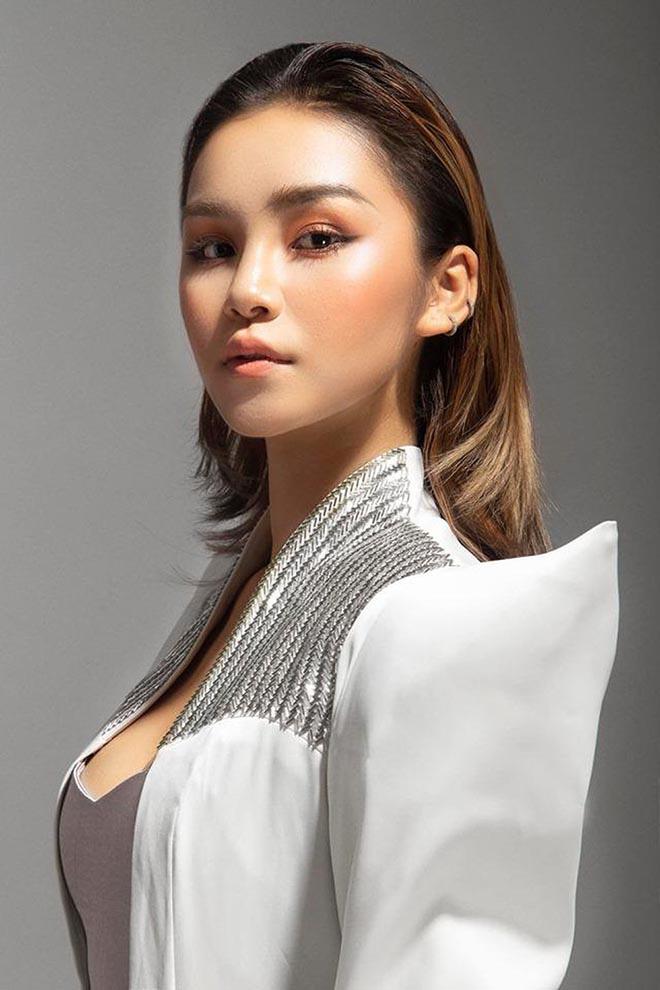 """Đối thủ nào khiến Thúy Vân phải """"dè chừng"""" trong chung kết Hoa hậu Hoàn vũ Việt Nam? - Ảnh 9."""