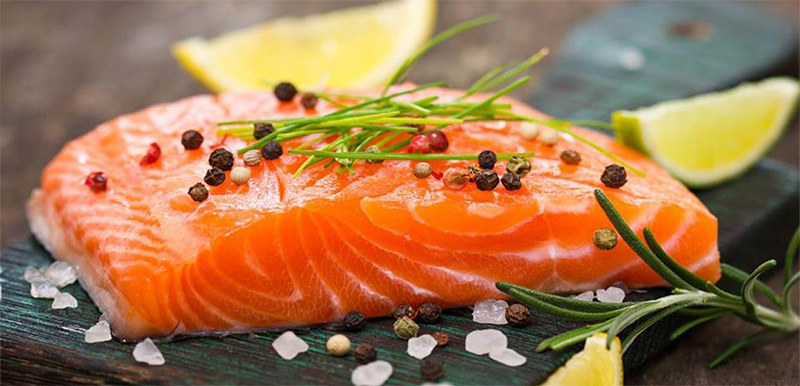 Cá hồi giúp giảm cân